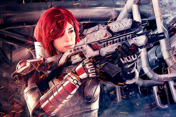 Commader Shepard Cosplay by Alejandra-perez