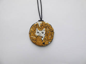 Cat and birds embroidery necklace