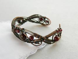 Garnet bracelet - Rowan by UrsulaJewelry