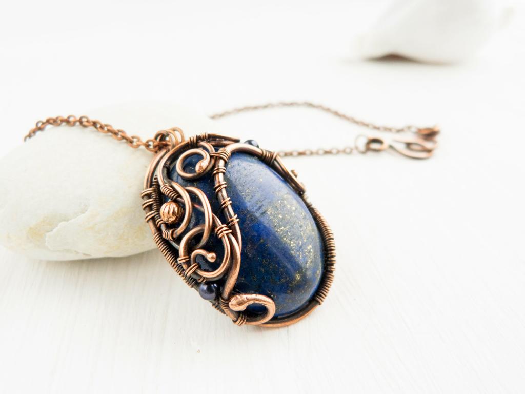 Lapis lazuli pendan by UrsulaOT