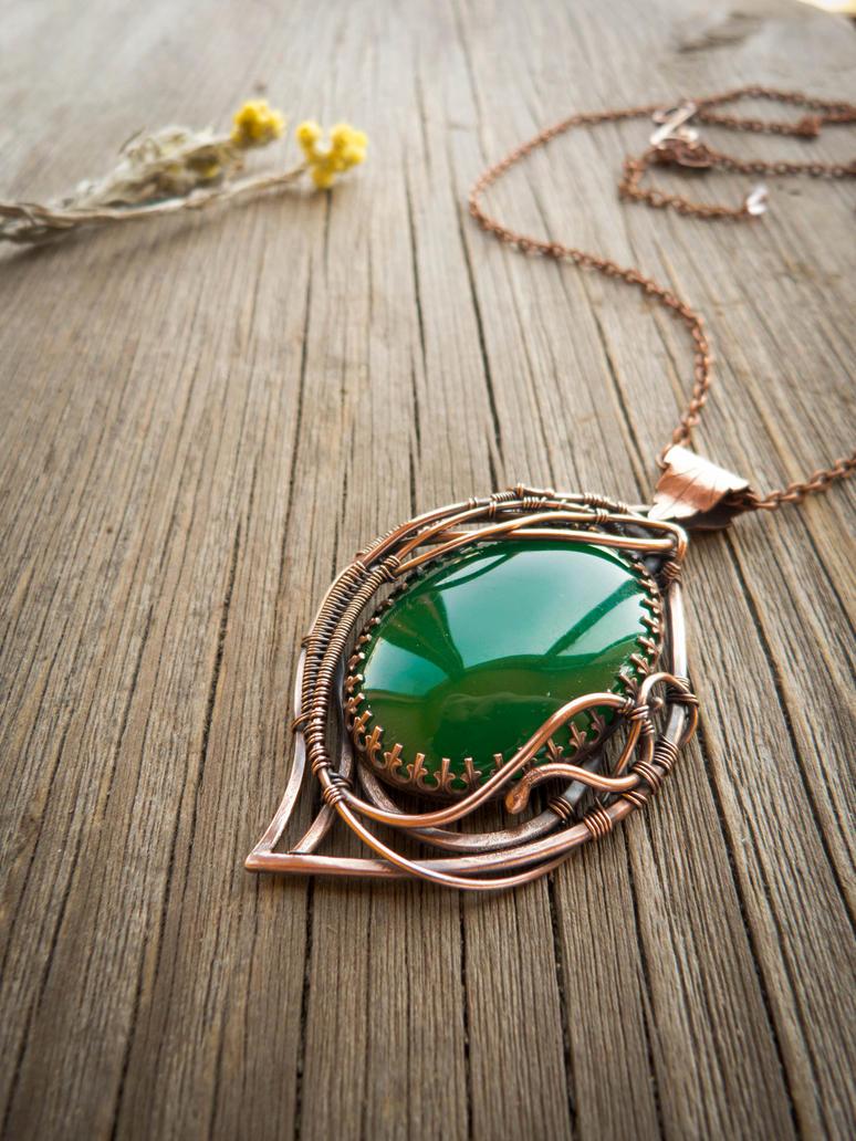 Amaryllis - wire pendant by UrsulaOT