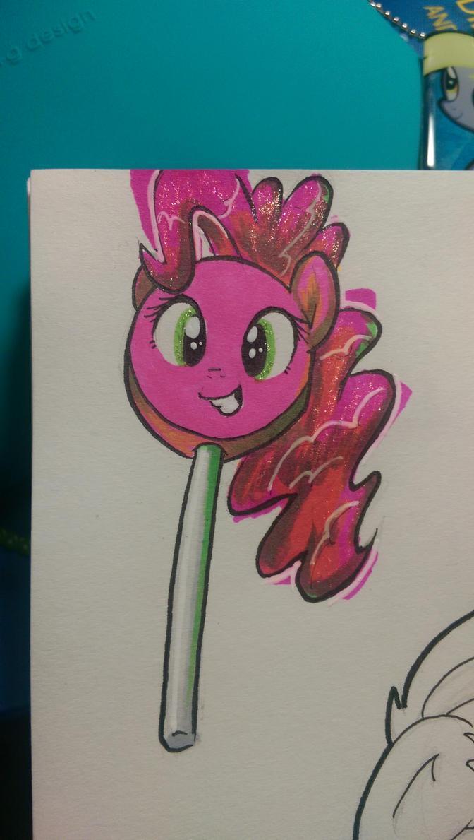 pinkie pop by Flowbish