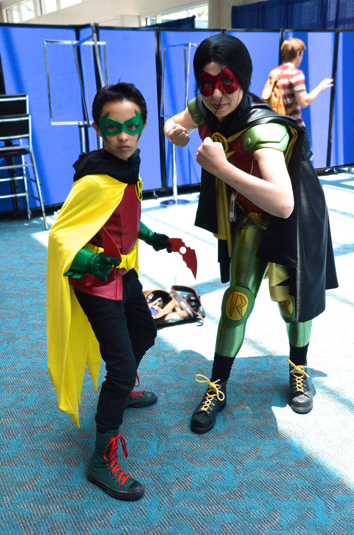 Robin: Wayne Family Edition by FloresFabrications