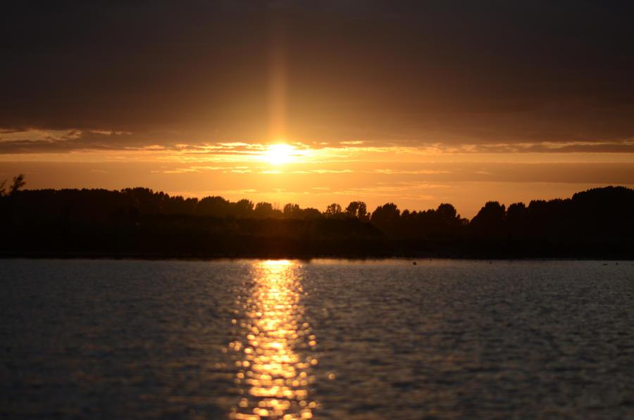 Beautiful sunset by BDStudio