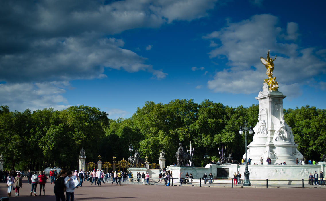 Where's Wally at Buckingham Palace? by AstarothSquirrel