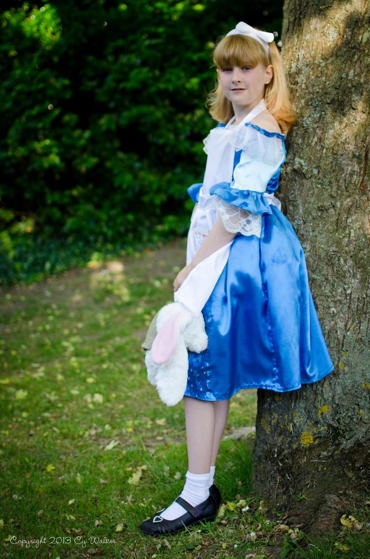 Alice in Wonderland by AstarothSquirrel