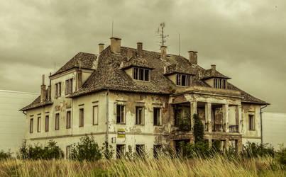 Mansion by ixada