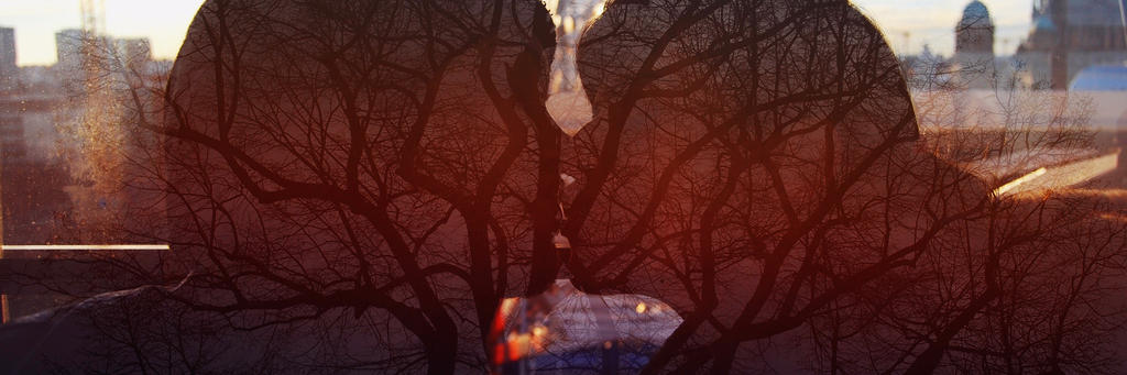 The fractal sunset kiss by helenaruiz