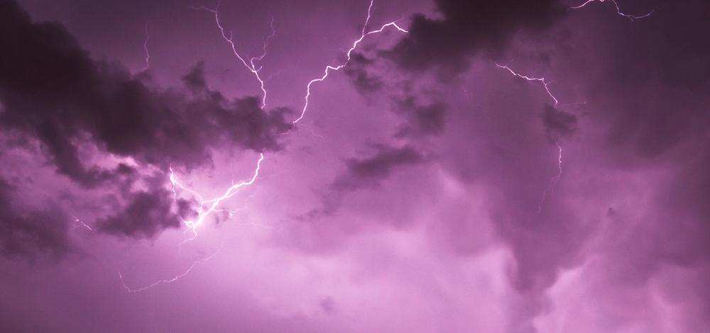 Lightning V by rachel93