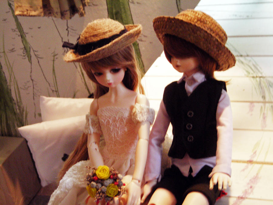 Cute Couples Images Doll Holidays Oo