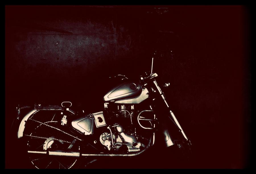 Motorbyckle by abhimanyughoshal