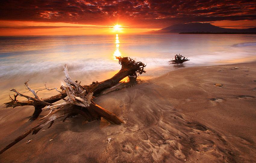 Trawangan Sunrise by e3w