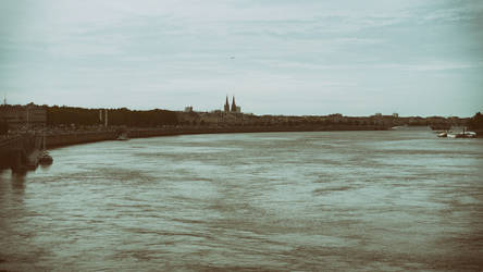 Garonne by Momez