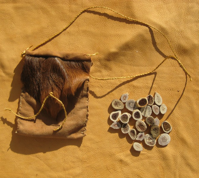 Elk Lighting Owner: Elk Antler Rune Set By Lupagreenwolf On DeviantArt