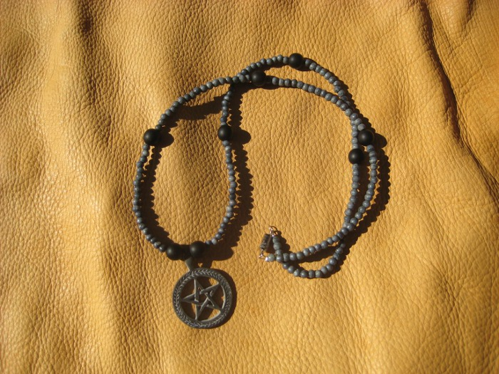 Pewter pentacle necklace by lupagreenwolf