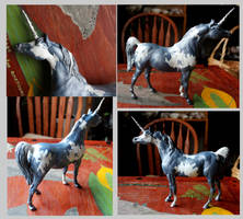Cumulus: Breyer Customized Pinto Unicorn by lupagreenwolf