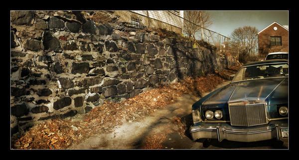 old car by innakayuta