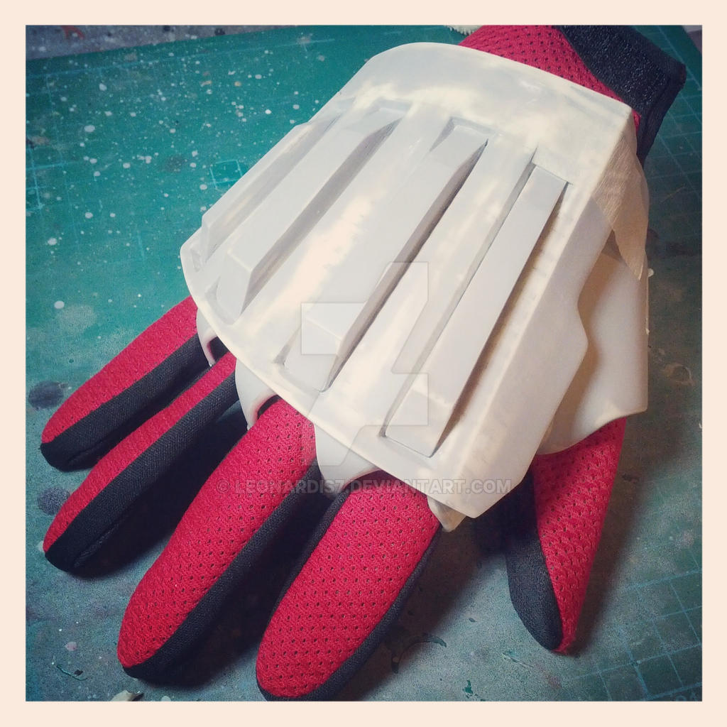 Ironman MK17 Heartbreaker Glove 1 by Leonardis7