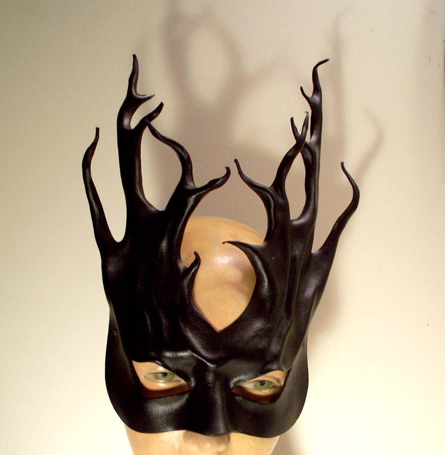 Black Leather Tendrils Mask by teonova