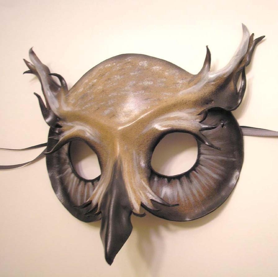 Horned Owl Leather Mask - Grey by teonova
