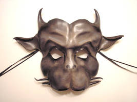 Gargoyle Leather Mask by teonova