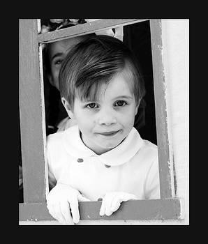 Wedding little boy