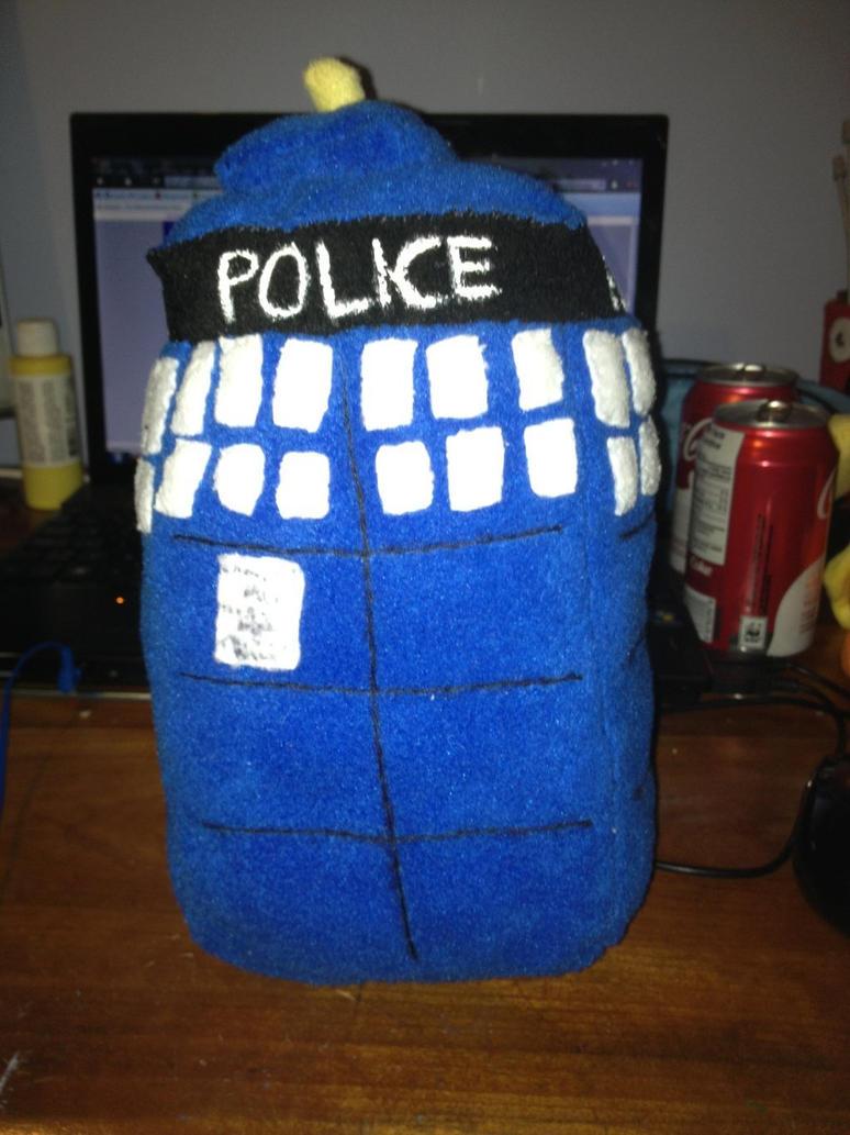 TARDIS by Wolfina2