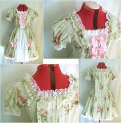 Lolita Rococo Dress by sakurafairy