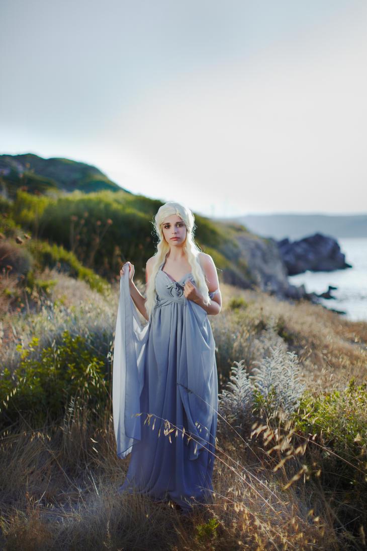 Khaleesi by LucreciaBorja
