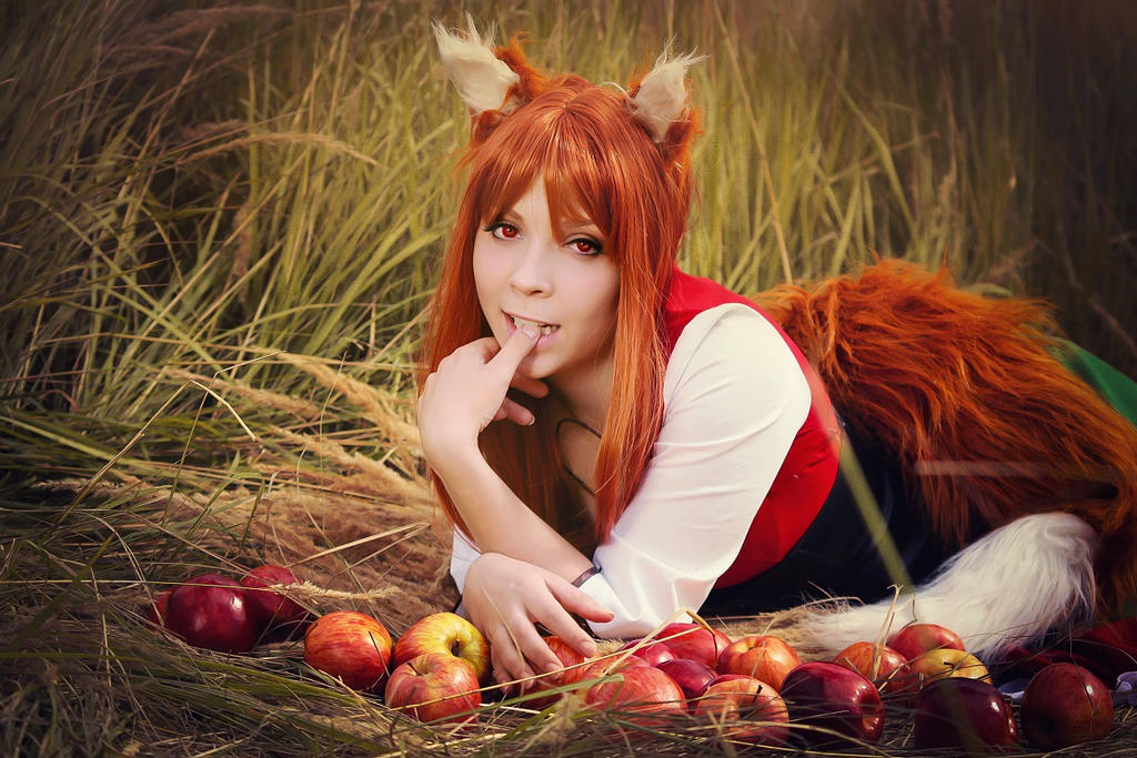 Spice and wolf: Holo by Firss