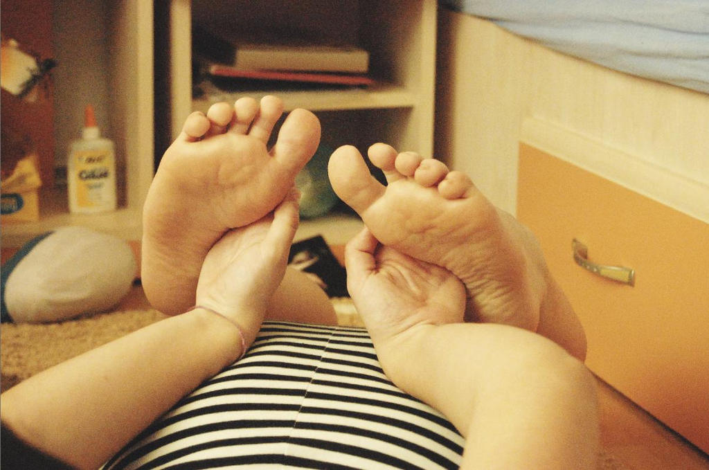 Feet by Sa-fie-coerent