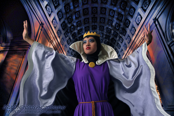 ANIME EXPO 2010: Evil Queen 17 by Tehodda