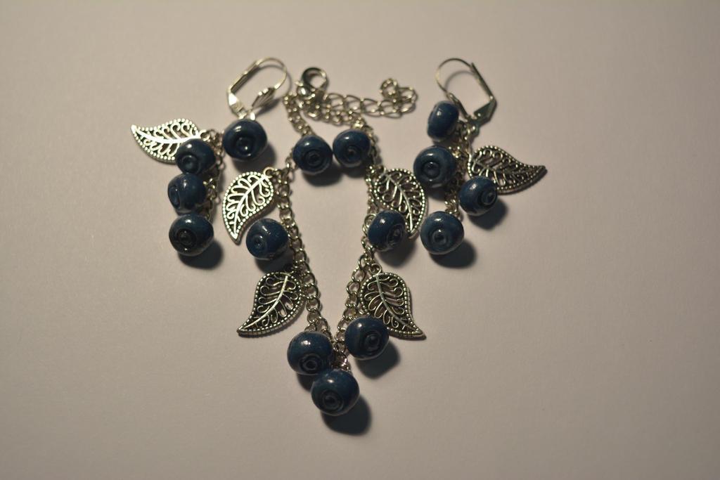 Blueberries by AheneJadis
