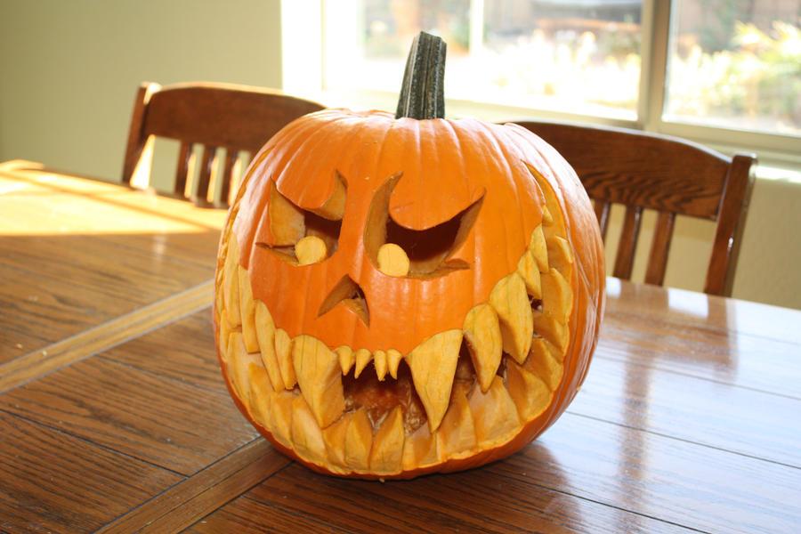 Scary Pumpkin Unlit by icantthinkofaname-09