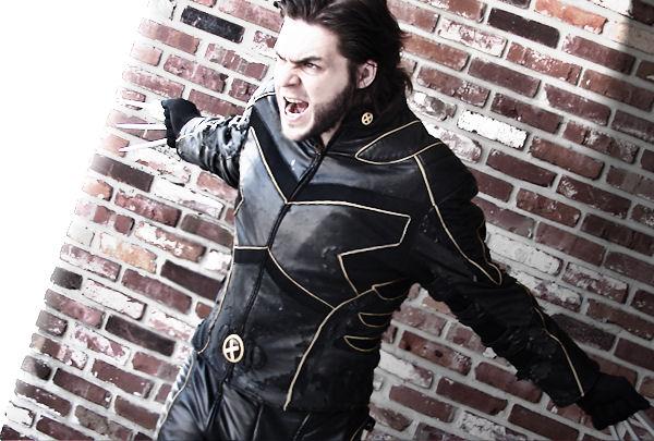 Wolverine Bio by IamTheWolverine