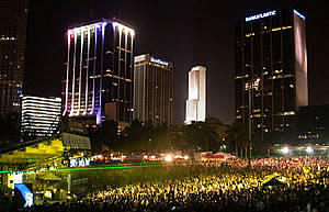 Ultra Music Festival: March 04 by ashleyshita