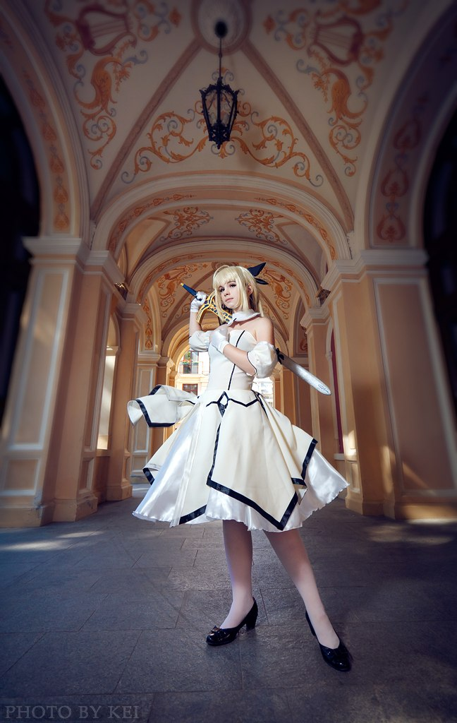 Saber Lily - King of Knights by Otohime-Hina