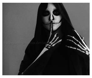 Secrets Kept Dead by halaquinn-arcadias