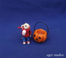 Handmade Miniature Stuart Mouse and Pumpkin by AGZR-STUDIOS
