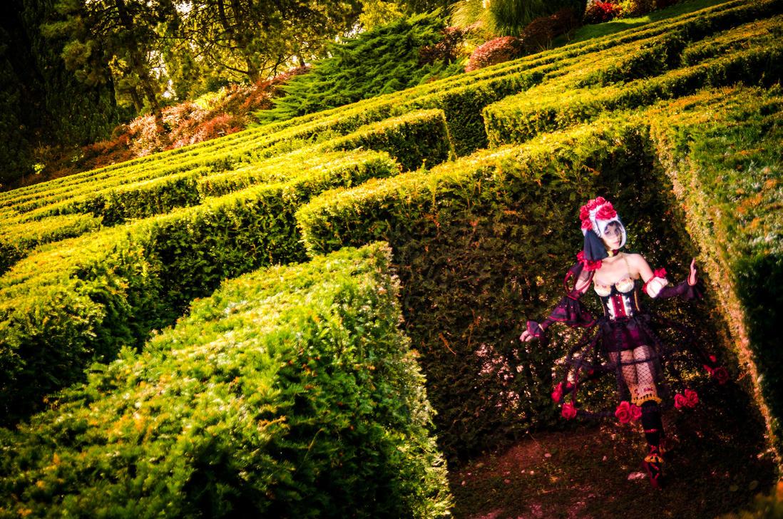 Sakizuo - The red rose in wonderland by stregatt0