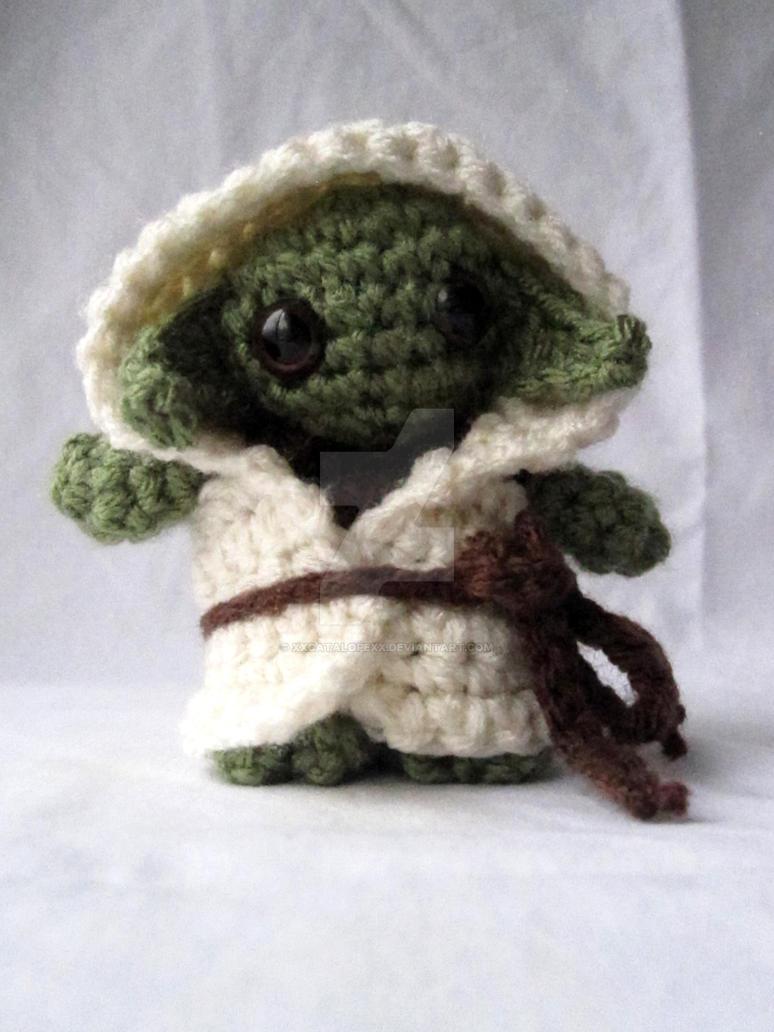 Jedi Master Yoda Amigurumi Pattern : Kawaii Yoda