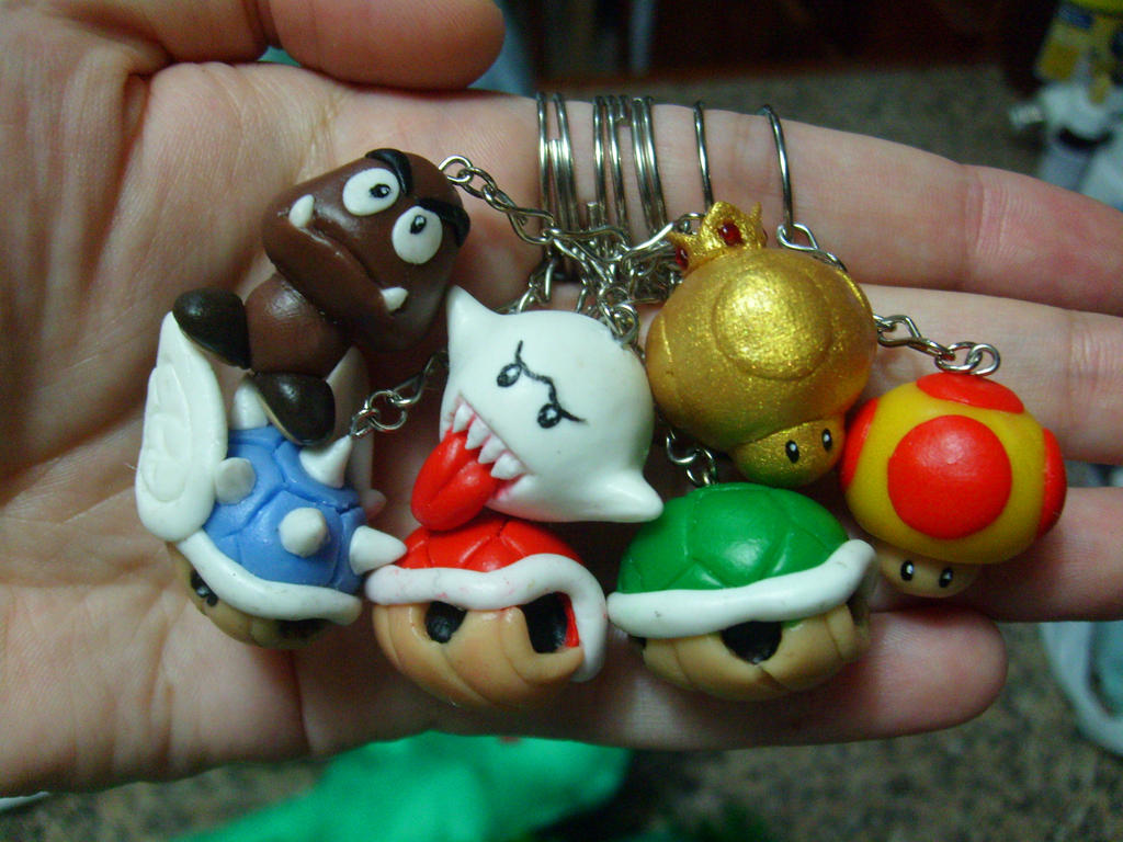 Super Mario keychains 2 by ComeNozes