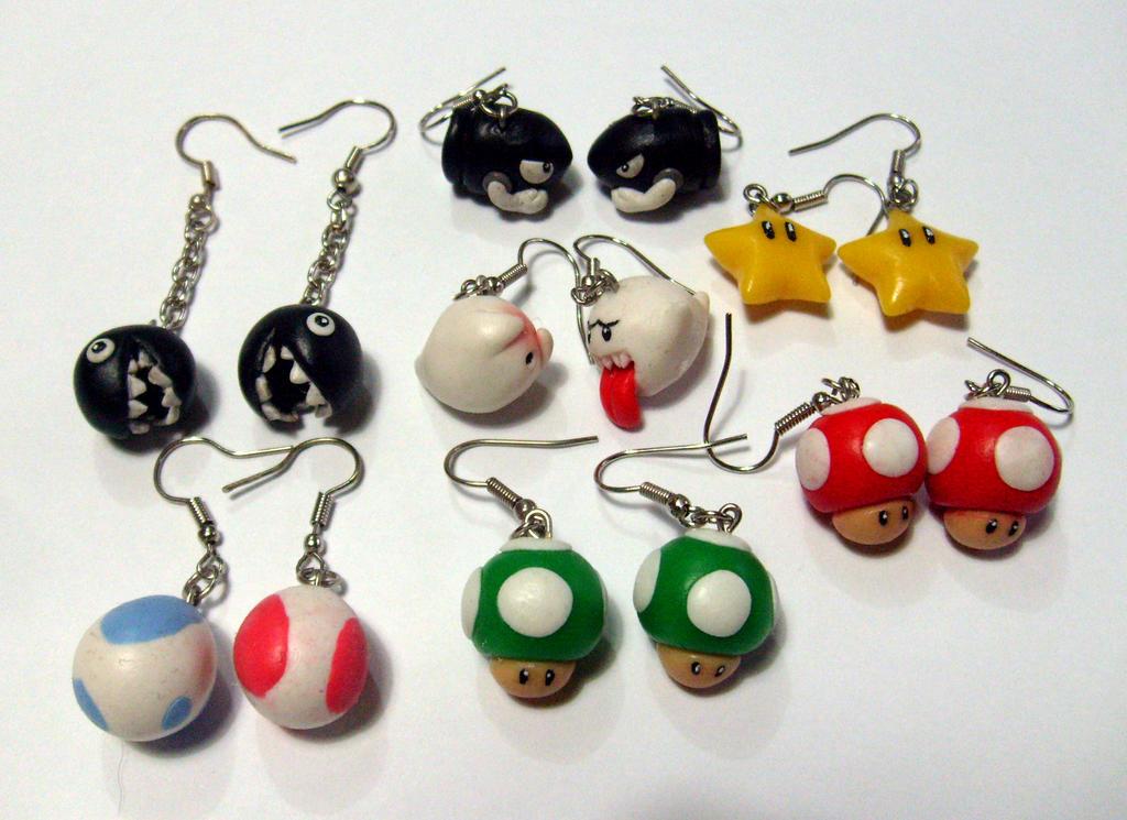 Super Mario earrings by ComeNozes