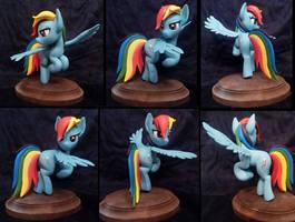 Rainbow Dash by Vita96