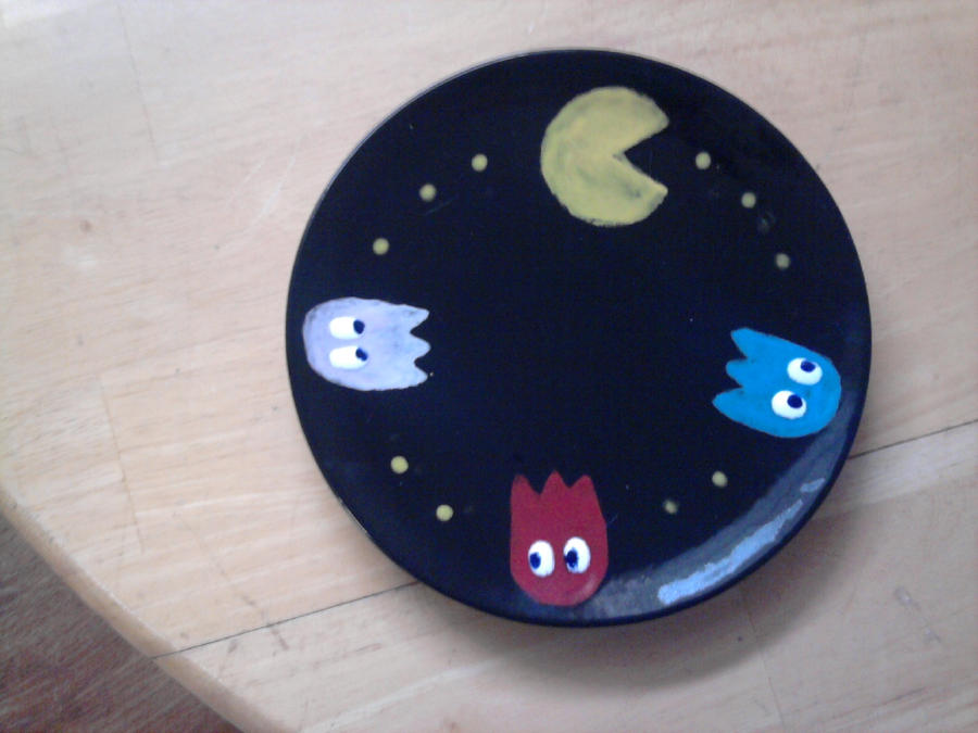 Geek Plate Number 2 - Pac-Man by Tukadian