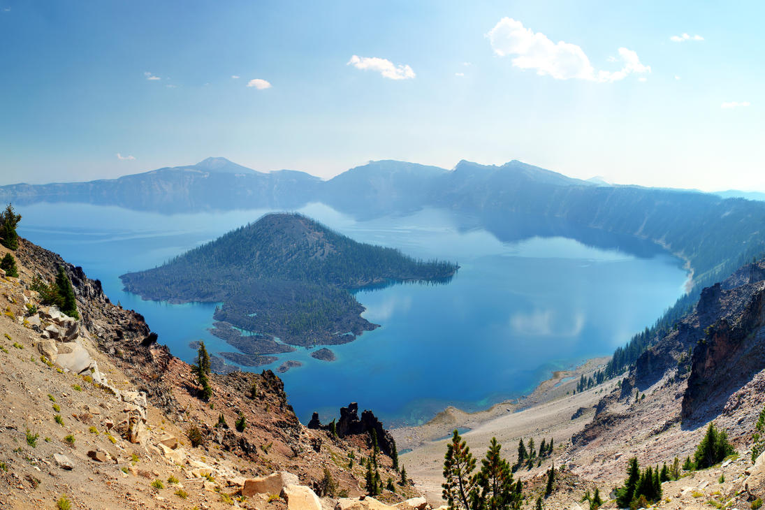 Wizard Island from the Crater Lake rim