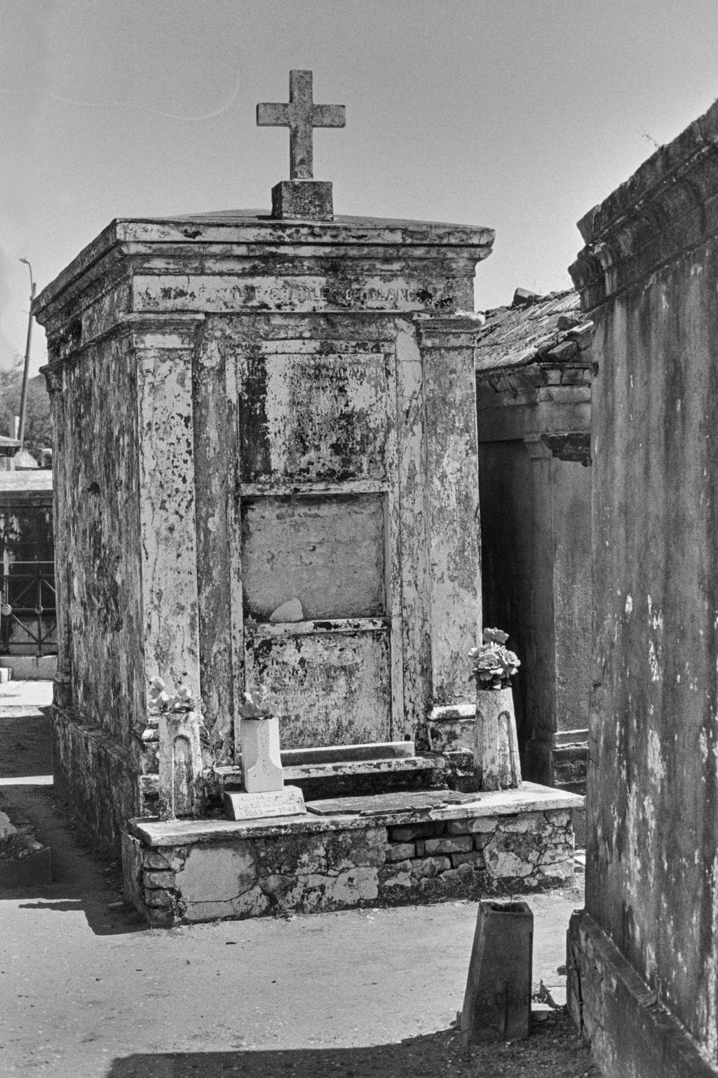 St. Louis Cemetery XXI