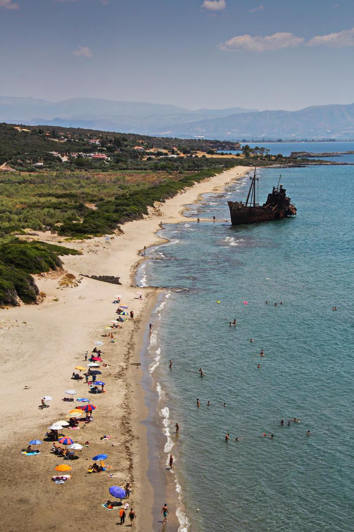 Typical beach by muserhcpledzeppelin