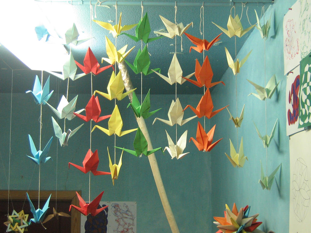 hanging origami cranes by aarrnnoo0123 on deviantart