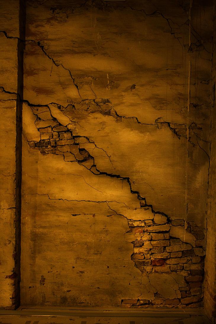 Broken Wall in Venice by DougQ